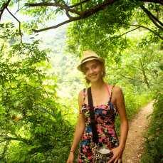 Hiking Liang Shan